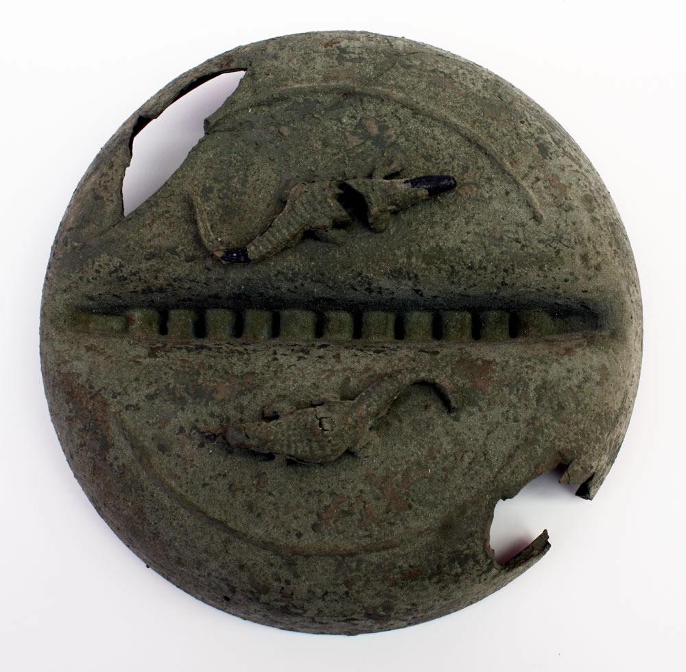 Civilization of Llhuros   Artifact #92   LACUNARIUM (Decorative Shield with Salamanders