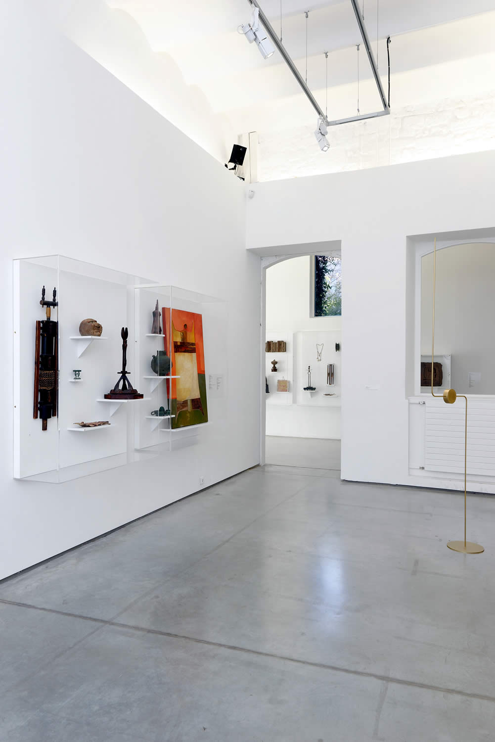 Artifacts from the Civilization of Llhuros are exhibited as part of the PLURIVERS show at La Panacée – Le Centre d'art contemporain in Montpellier, France.