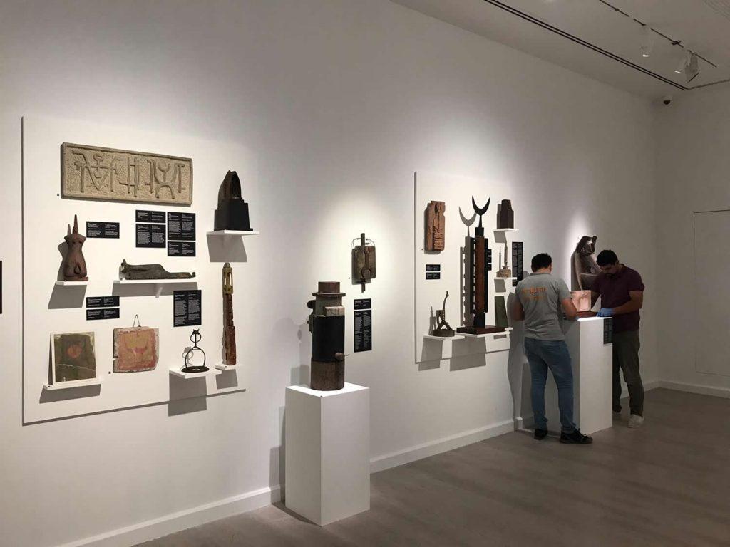 Installing Llhuros at the Pera Museum, Istanbul